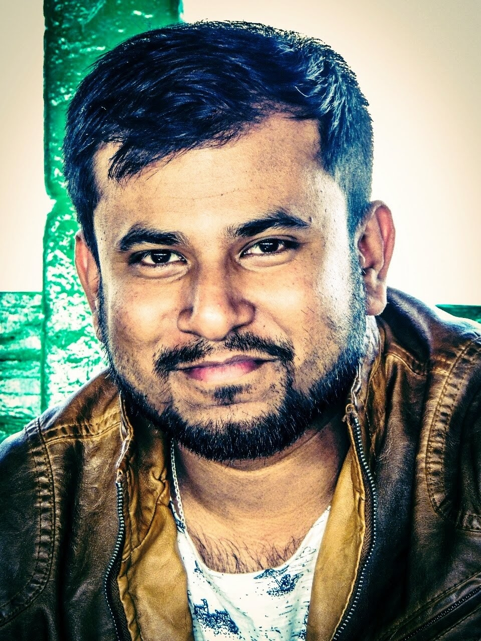 Dhruba Das Roy is a freelance writer